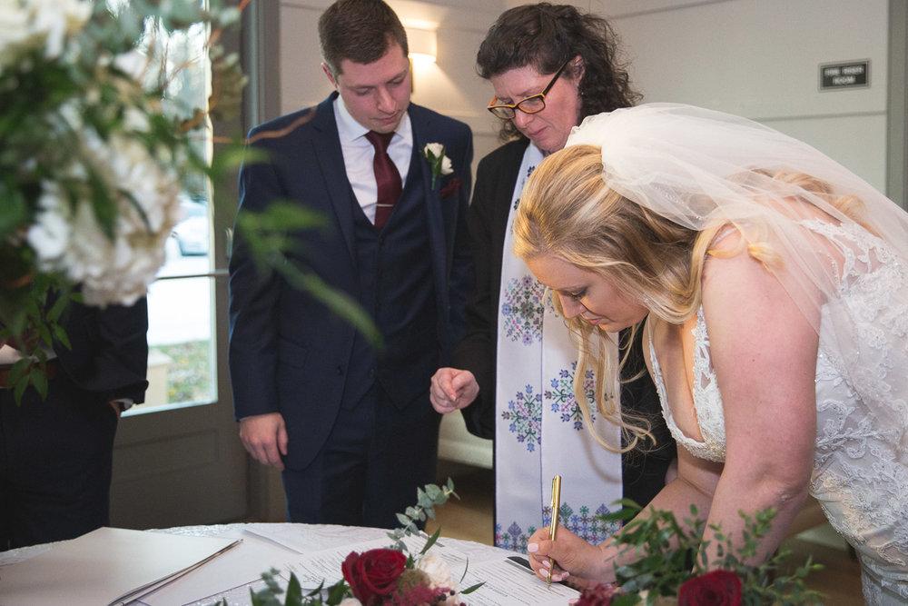 Michigan-Wedding-Photographer-Light-Garden-Photography-41.jpg
