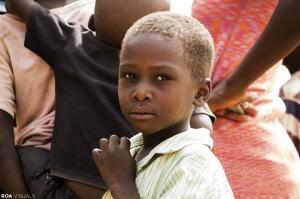 Nigeria: Eröffnung eines ersten vorläufigen Lernzentrums in Nigeria Schulung von zehn Lehrern zur Übermittlung von Grundausbildungen Ausstattung mit Lernmaterialien für 300 Kinder Unterstützung von 130 Familien beim Aufbau und bei der Erweiterung ihrer Betriebe Bestätigung von Finanzierungsmöglichkeiten, damit 23.000 Kindern in 2018 das gleiche ermöglicht werden kann