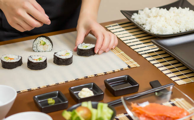Workshop Superclub: Sushi - Delivered by: The Avenue Cookery SchoolLength: 2 hoursLocation: Wandsworth TownPrice: £55 p/phttps://obby.co.uk/classes/food/sushi/workshop-supper-club-sushi-making-class-south-west-london