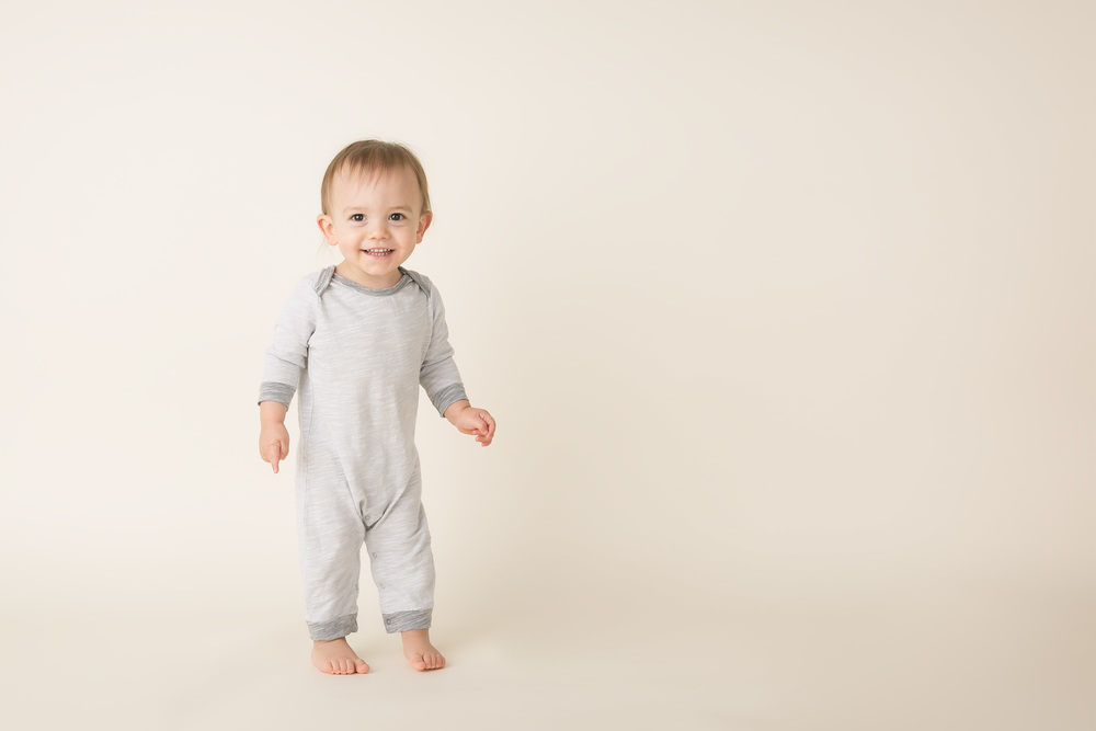 baby boy toddler pictures gray clothing idea columbus oh phototgrapher