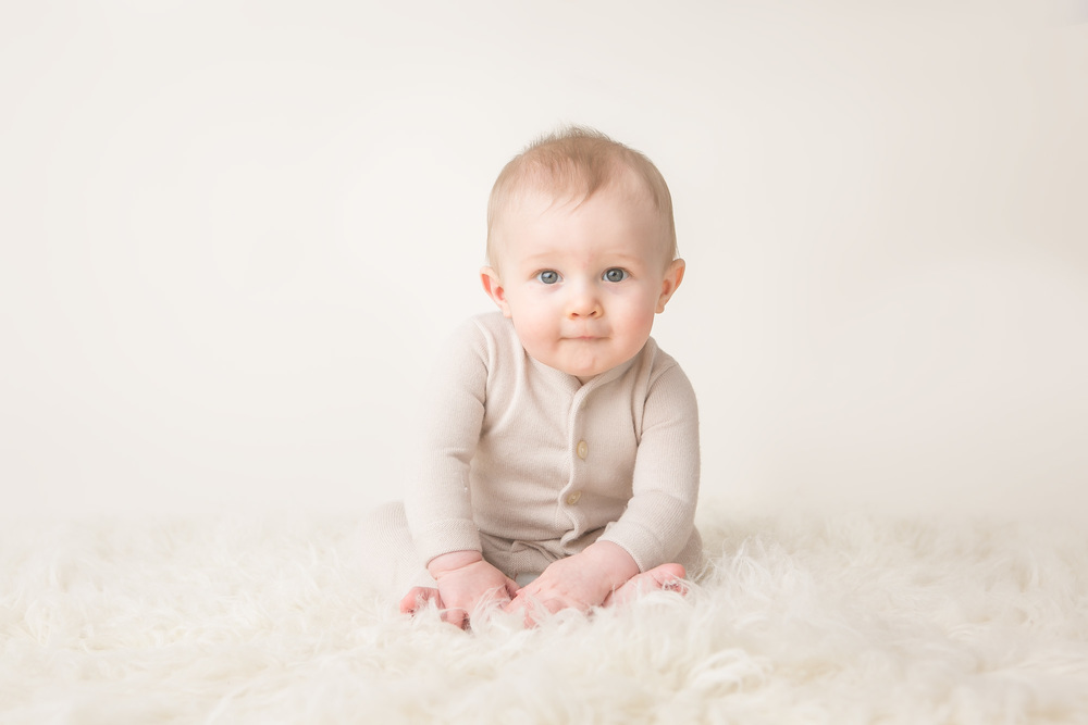 baby boy not quite sitting 6 month columbus oh photographer jessica olms photography