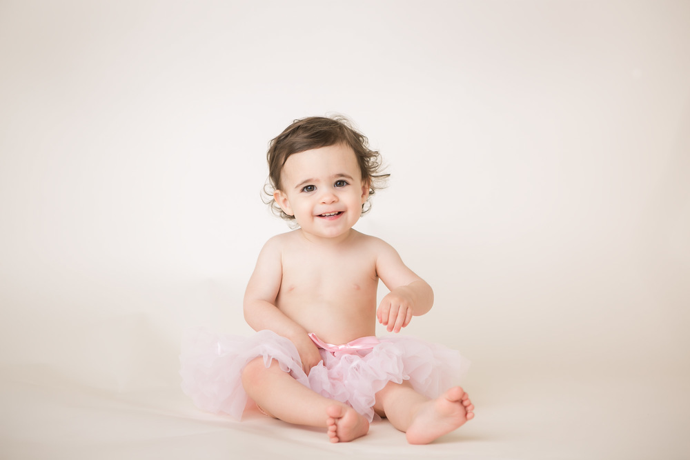 baby girl one year pictures tutu columbus oh photogrpaher