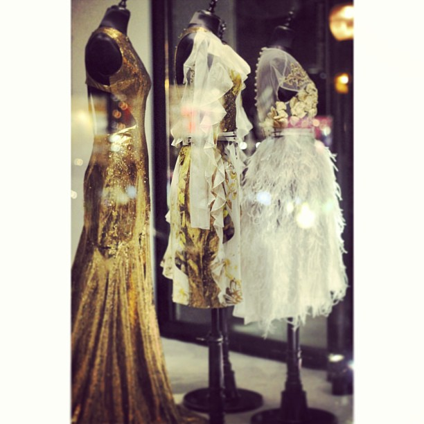 #ThrowbackThursday: Our holiday window display by @PrabalGurung