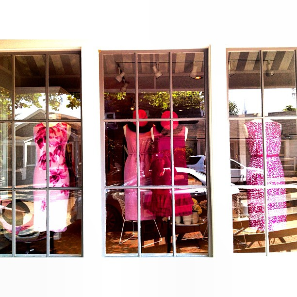 TGIF! We have a new Nantucket window of beautiful pink @GiambattistaPR Valli dresses for the weekend!