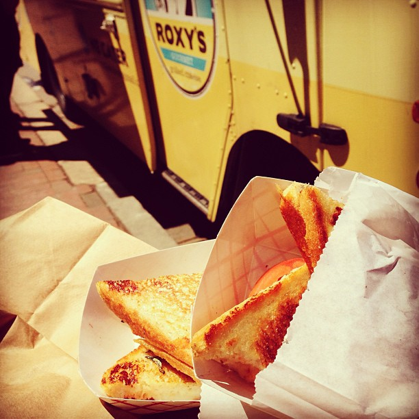 Lunch at @RoxysGrilledChz in support of #BoylstonStrong! We <3 Back Bay!