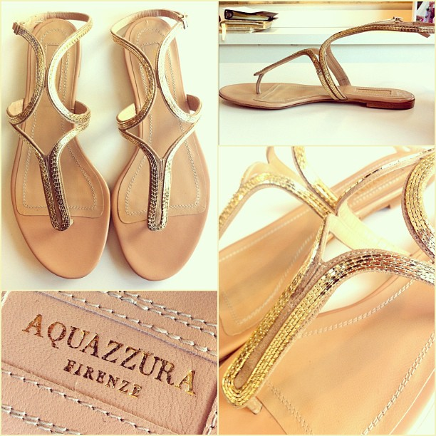 The sun is out in Boston! Ring in this sunny #ShoesdayTuesday with a pair of @Aquazzura Caipiroska gold sandals!