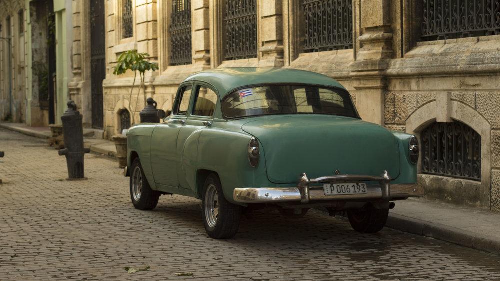 Old Havana Car.jpg