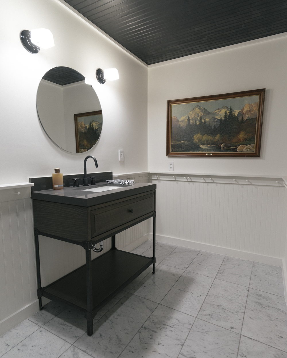 The bathroom you'll share exclusively with room 3a, featuring all natural trail soap from our friends at Juniper Ridge