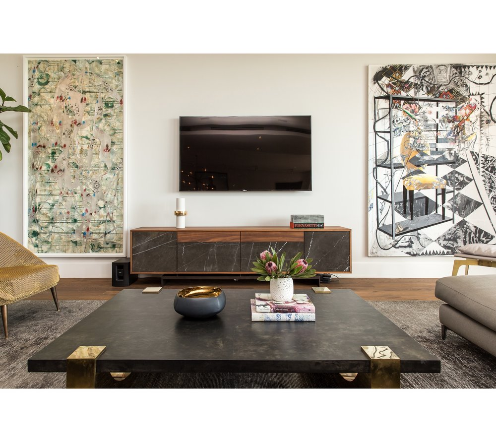 Art Collector's Living Room | CHUSED & CO.