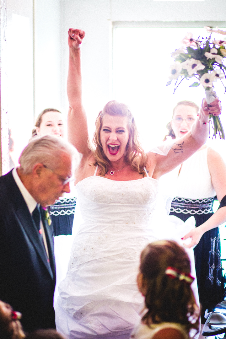 Candid Wedding Photographer Omaha Nebraska Excited Bride