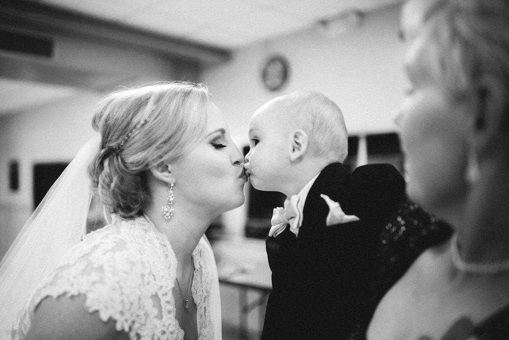 Candid Omaha Wedding Photographer