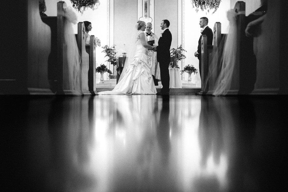 Omaha Wedding Photographer Beautiful Ceremony Location