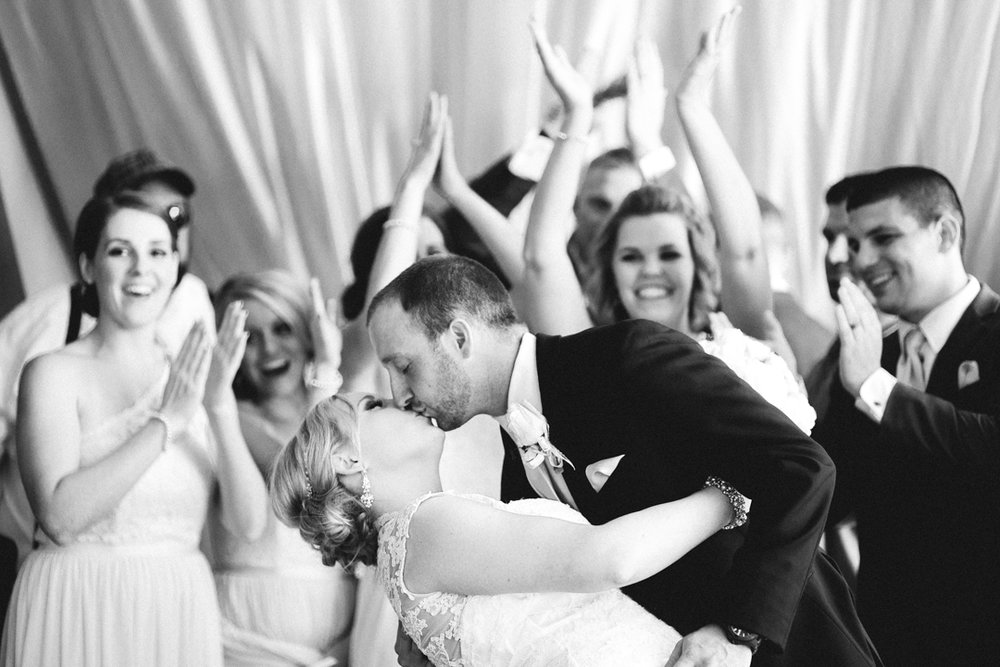 Omaha Wedding Photographer Fontenelle Hills Reception Venue