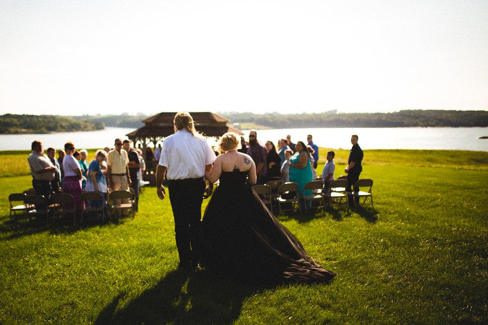 Outdoor Wedding Photography Omaha