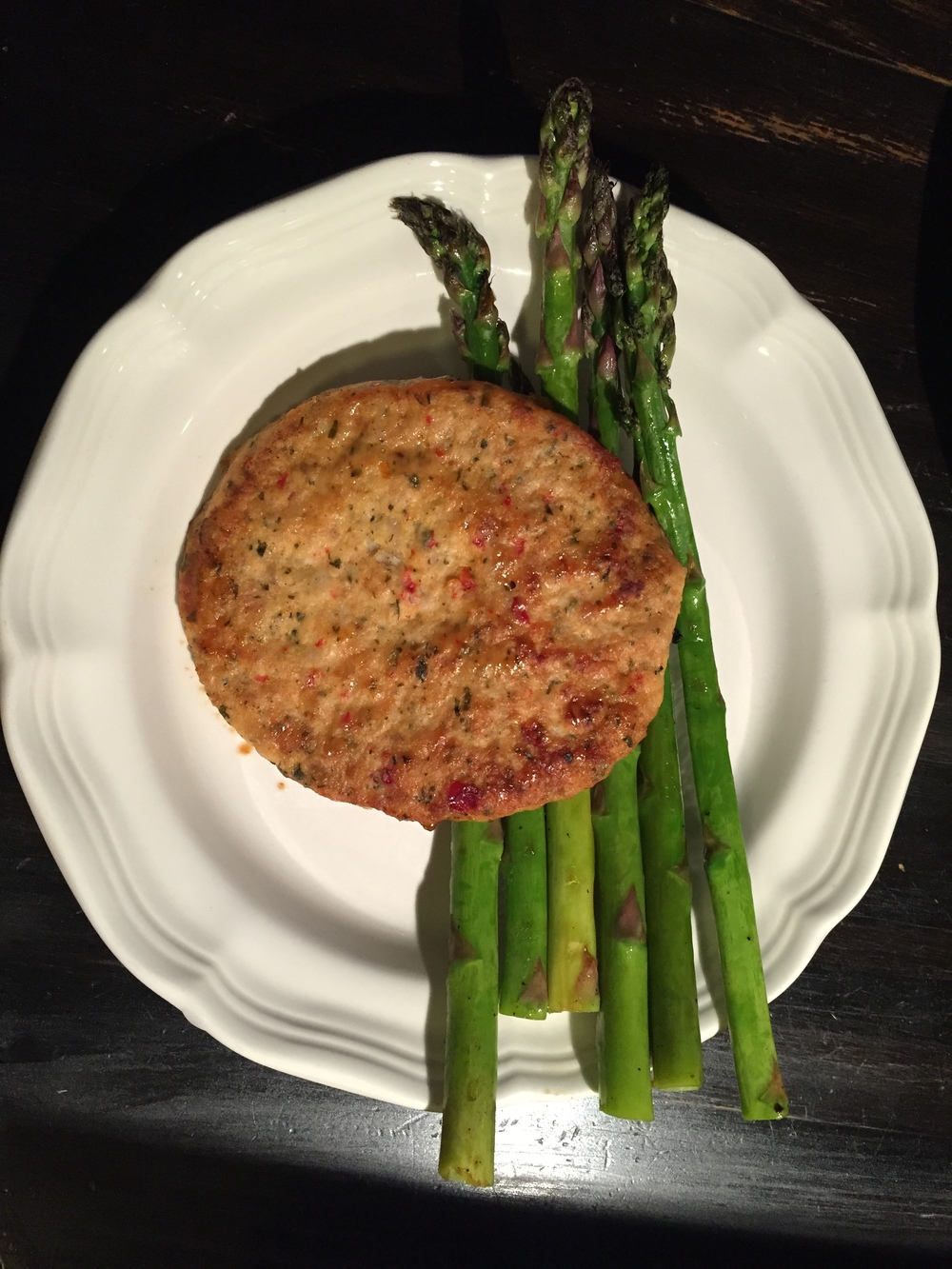 Chicken Burger with Asparagus