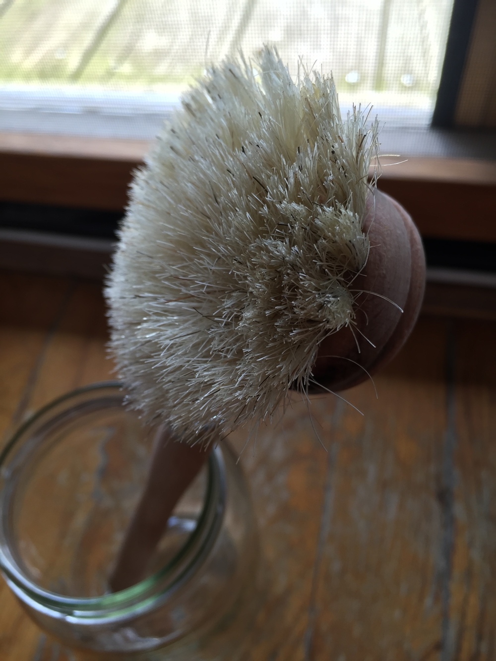 Brush head is a great size and fits in most of my jars for easing cleaning.