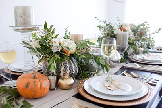 Using natural decor for the Thanksgiving table.  Image Source: http://www.familyholiday.net