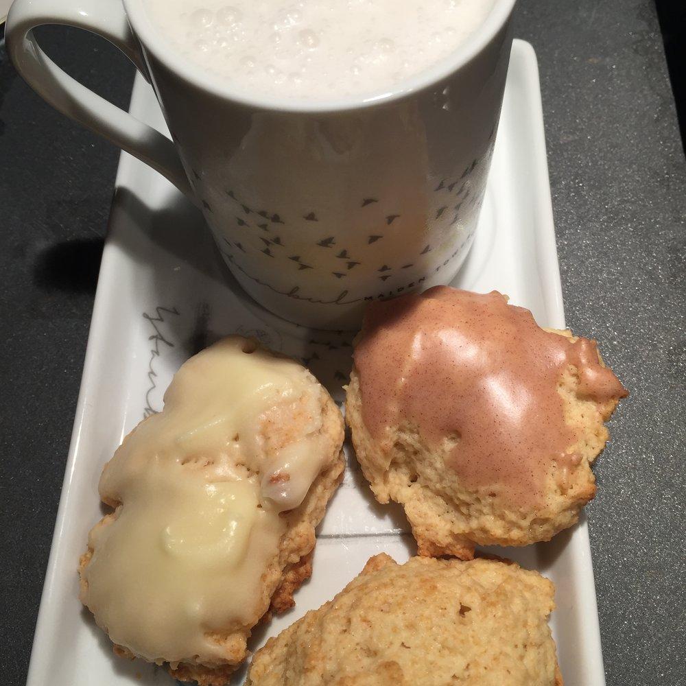 cookie-scones-with-milk