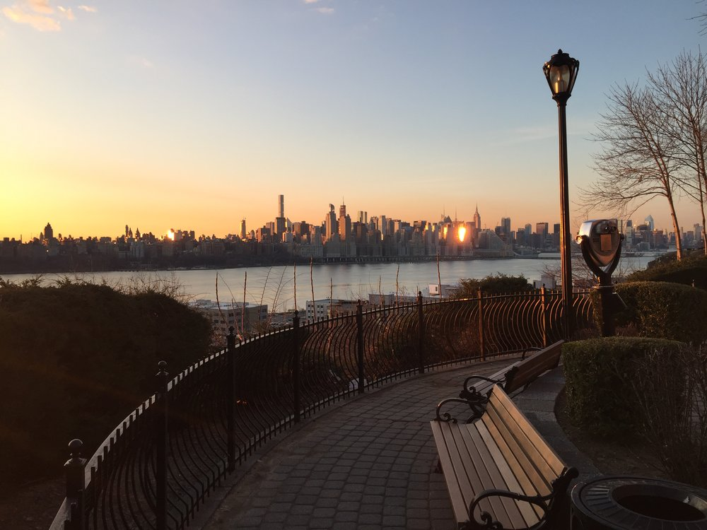 new-york-sunrise-catcapturesthesunrise