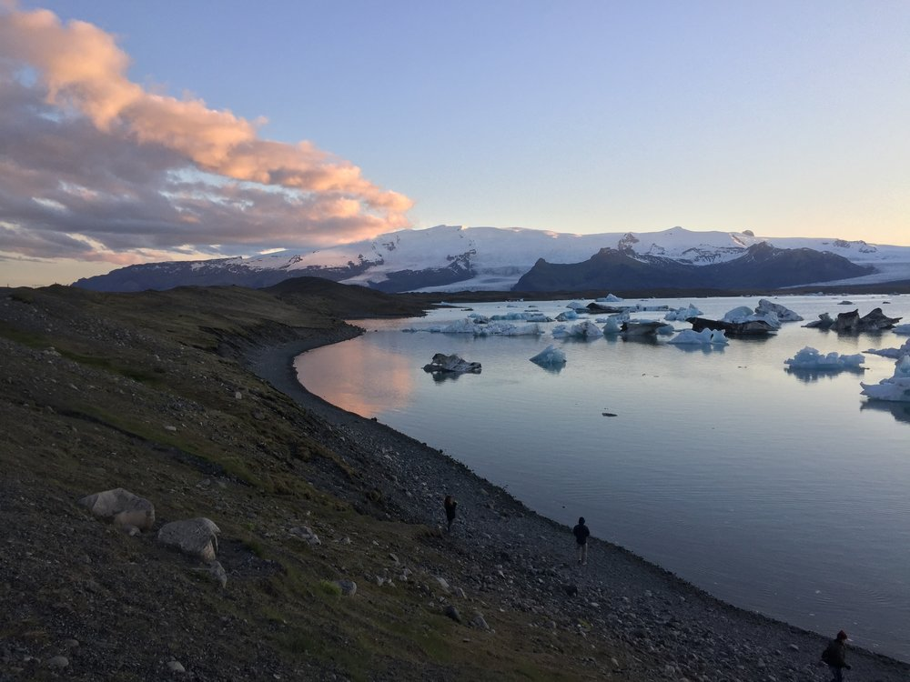 iceland-glacier-lagoon-min (2).jpg