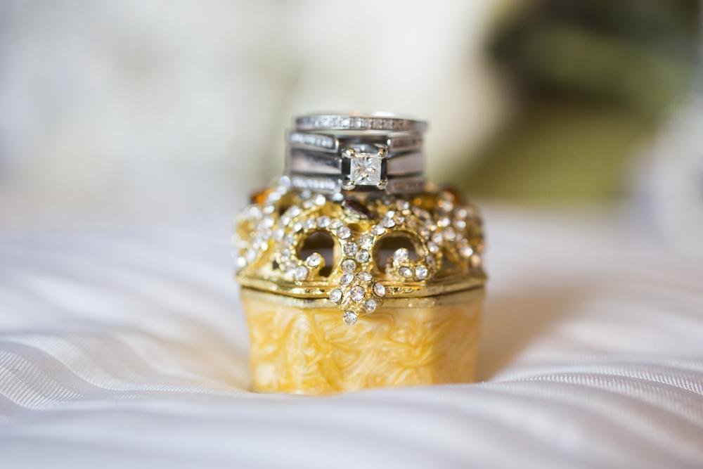 Getting_ready_Lopez_Wedding-23.jpg