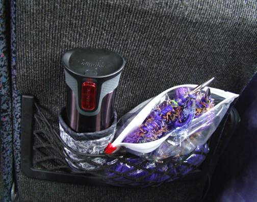 Thinsulate insulated Kup Kollar on travel tumbler to hold in heat even longer.