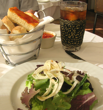 Washington-DC-August-8-15-2008-La-Tomate-Italian-Bistro-salad_96.jpg