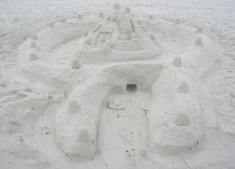2008 Sept 15-23 7190 sand castle_96