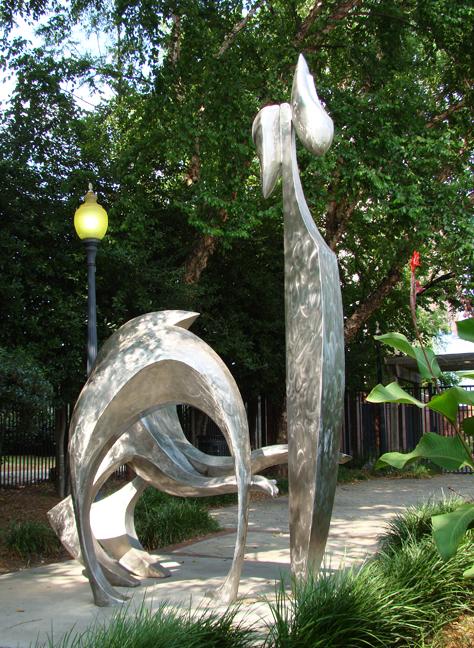 Atlanta GA Juy 1 2010 5955 Statue Totem_72