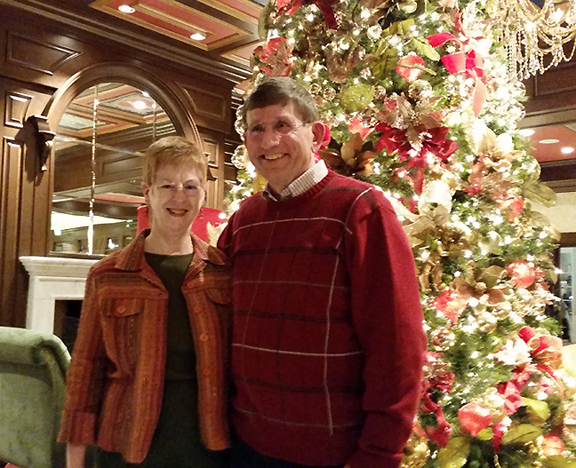 2014-Dec-16-Broadmoor-Decorations-tree-indoors-Perry-Irene_72.jpg