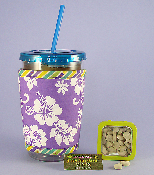 Thinsulate insulated Lavender Hawaii Large Kup Kollar on 33 oz. tumbler