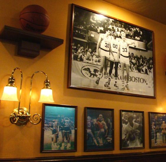 Boston June 15-21, 09 1171 The Fours framed prints_72.jpg