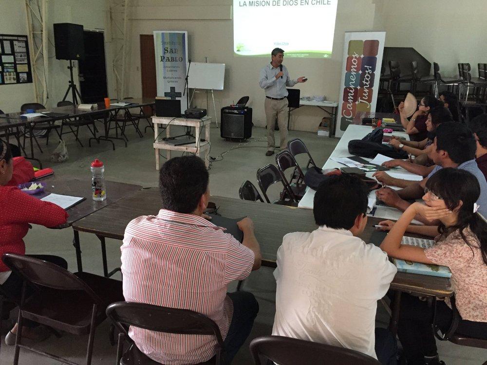 Pablo Zavala compartilha a história da missão no Chile: