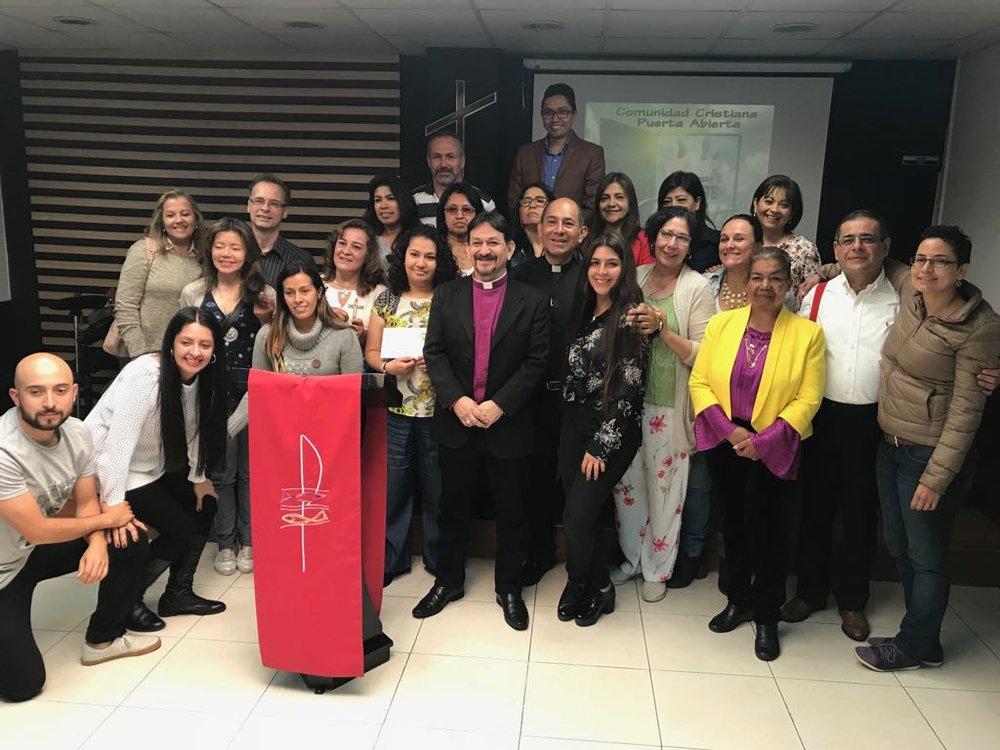 Bispo Flávio na Comunidade Anglicana Videira, Bogotá, Colômbia.