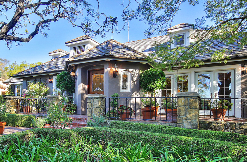 Gated Upper East Gem - Santa Barbara