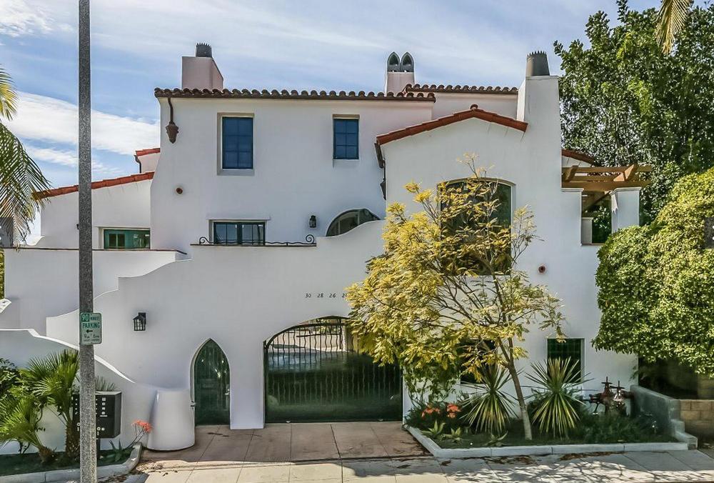 Stylish Mediterranean Townhome - Santa Barbara