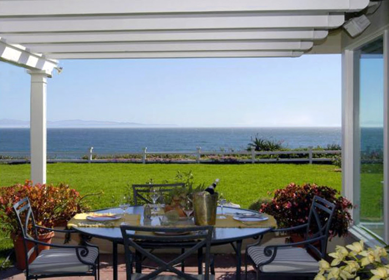 Oceanfront Cape Cod home - Hope Ranch