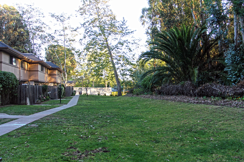 Cozy condominium near Arroyo Burro Beach -Santa Barbara
