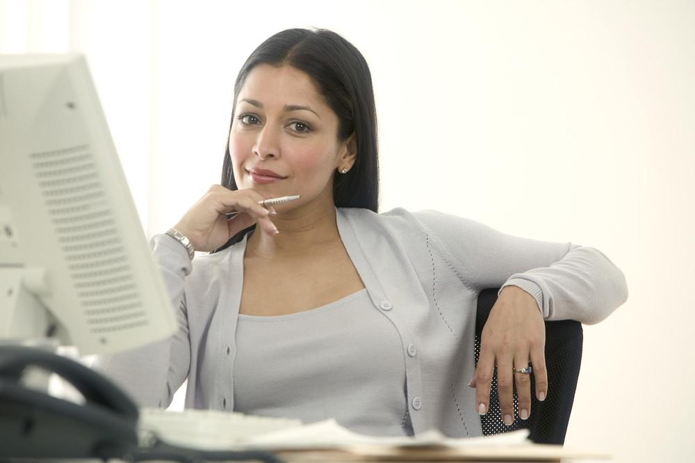 savvy woman computer.jpg