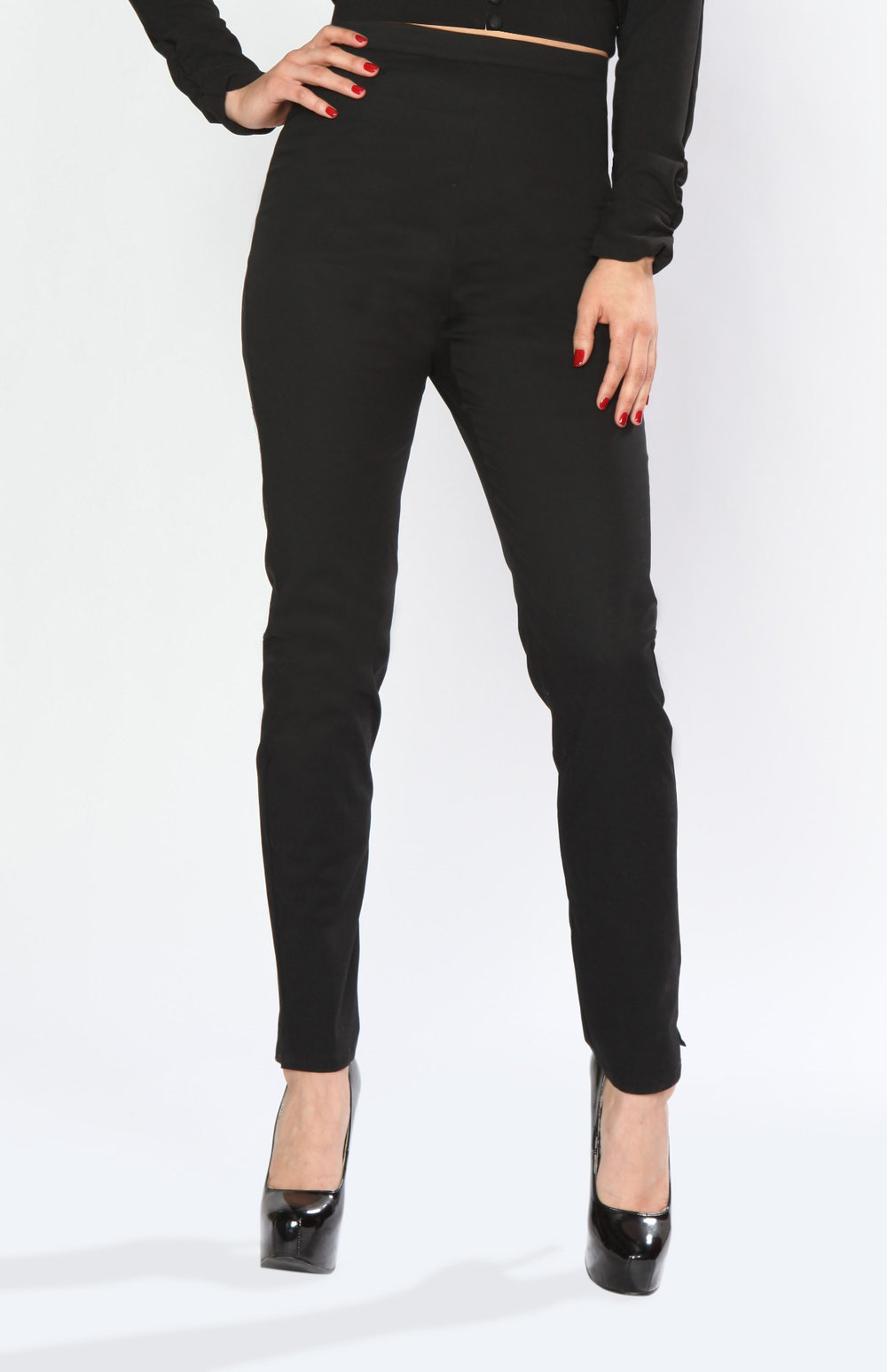 BD174640 Cigarette Pant (Black)