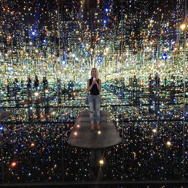 ✨✨Yayoi Kusama's Infinity Mirrored Room✨✨