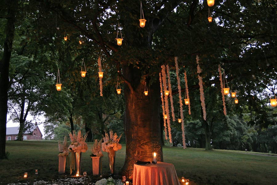 But we cannot stress enough how much candles fairy lights and other u201ctwinkly lightsu201d make for a sense of magic and romance from the ceremony to the ... & HOW TO MAKE YOUR WEDDING THE MOST ROMANTIC EVER u2014 MENu0027S VOWS