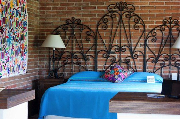 Rancho-La-Puerta-Villa-Bed.jpg