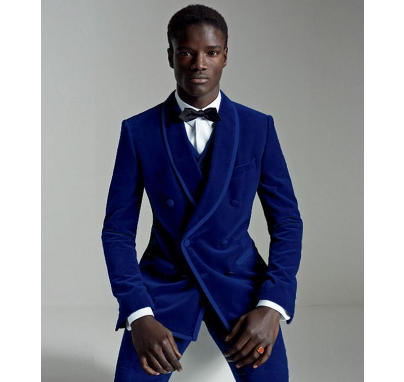Royal blue - An on-trend groom is a groom dressed in royal blue.