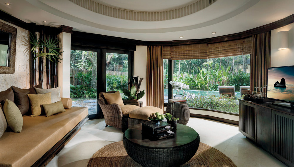 Pool Pavilion living room.jpg
