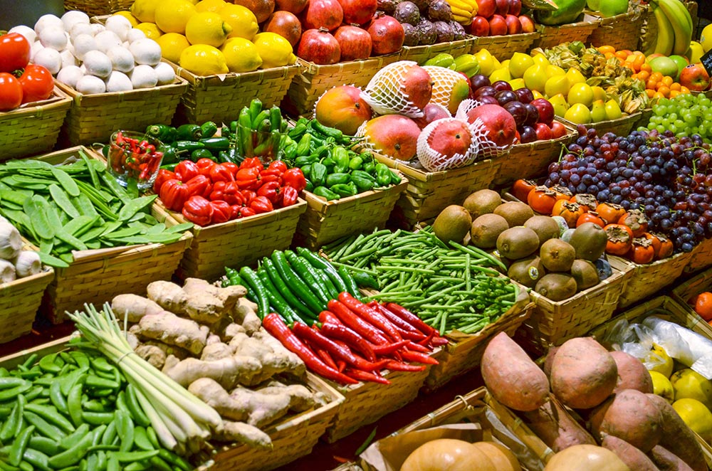 Fresh produce at the Farmer's Market and at Salud Super-Food