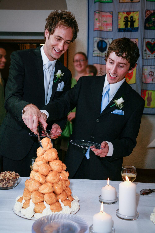 dessert at the wedding.jpg