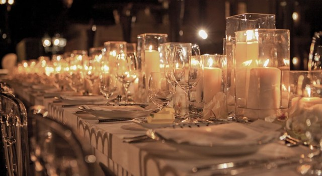 Candle-Wedding-Centerpieces.jpg