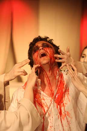 As Oedipus, photo by Rob Cunliffe