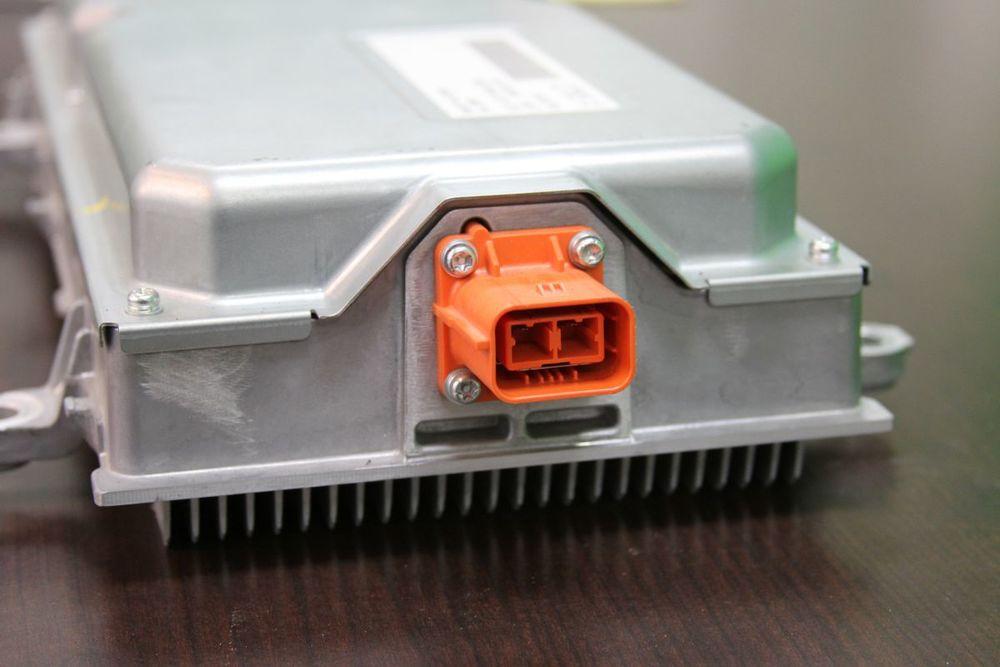 voltapmhvconnector2.jpg